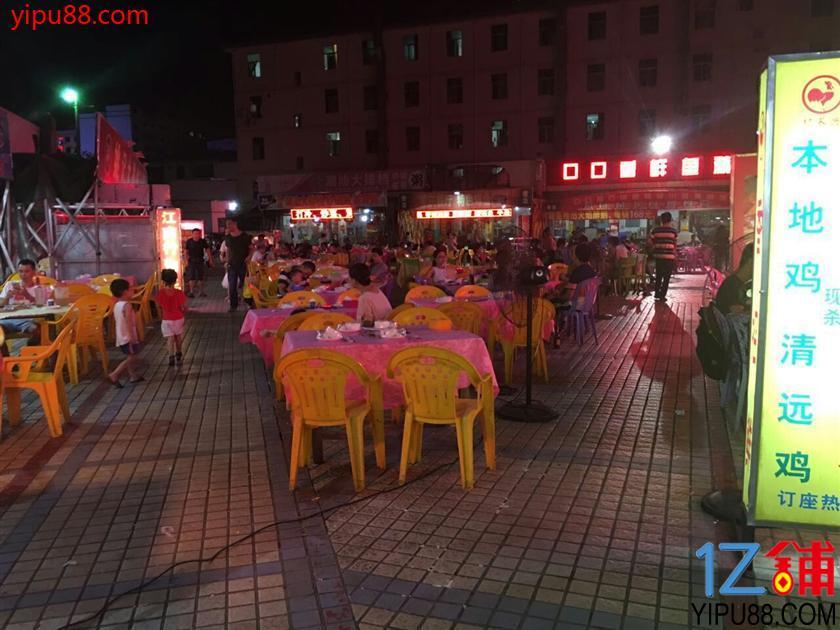 急转盈利中布吉长龙108㎡2层楼快餐店8万元(外面还有8张桌子)