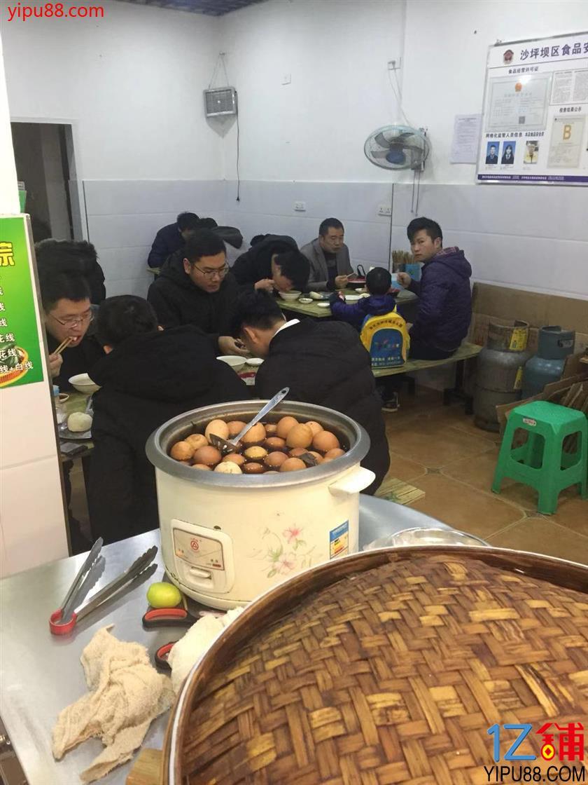 大型成熟社区65㎡早餐店5.2万转让(可空转)