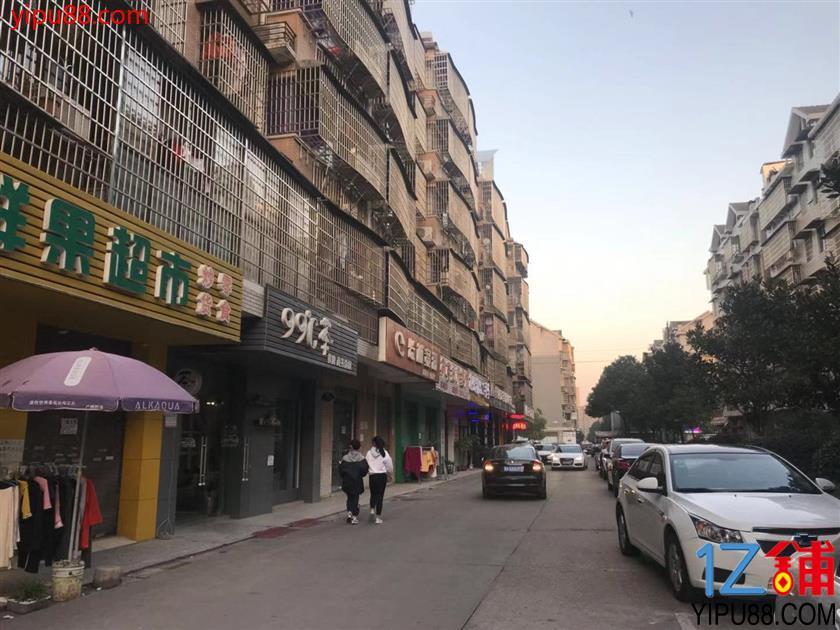 (可空转也可转租)大型成熟社区临街80㎡茶楼转让