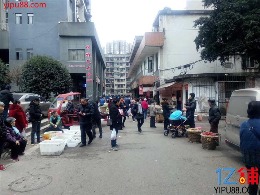 江北成熟社区学校旁门面转让(可空转)