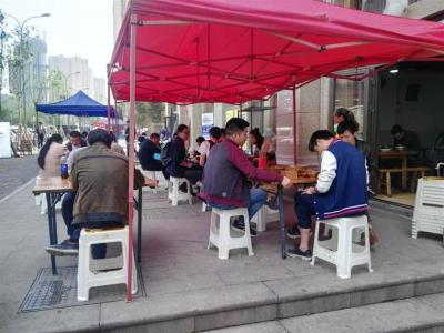 渝北大竹林临街160㎡餐饮旺铺转让