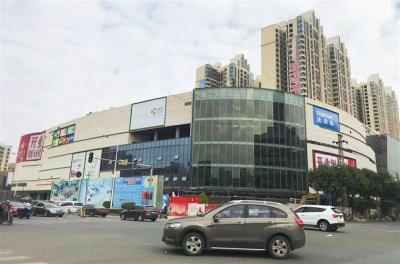 深圳地铁口,万科推出购物中心商铺在卖,租金比月供高