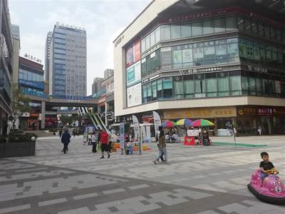 渝北大型购物中心面包店转让(中介,快转勿扰)