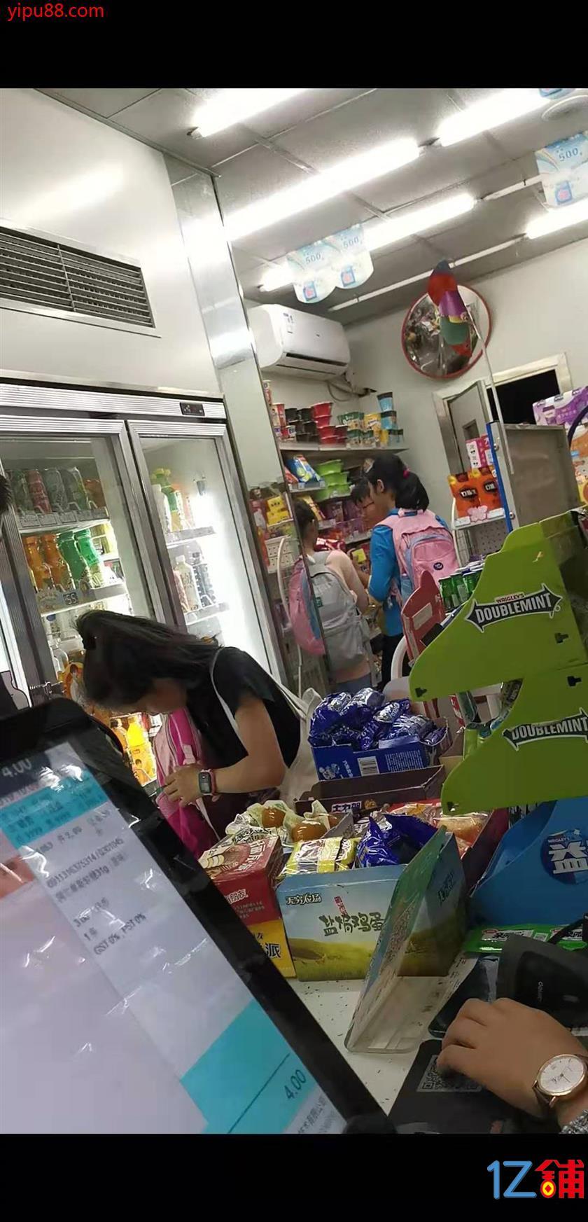 三峡广场南开中学旺铺急转、行业不限