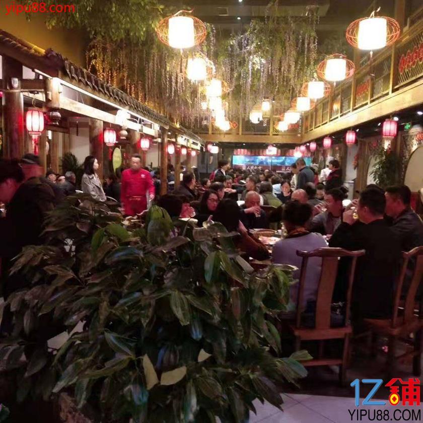 南岸大型餐饮门面转让(三通)