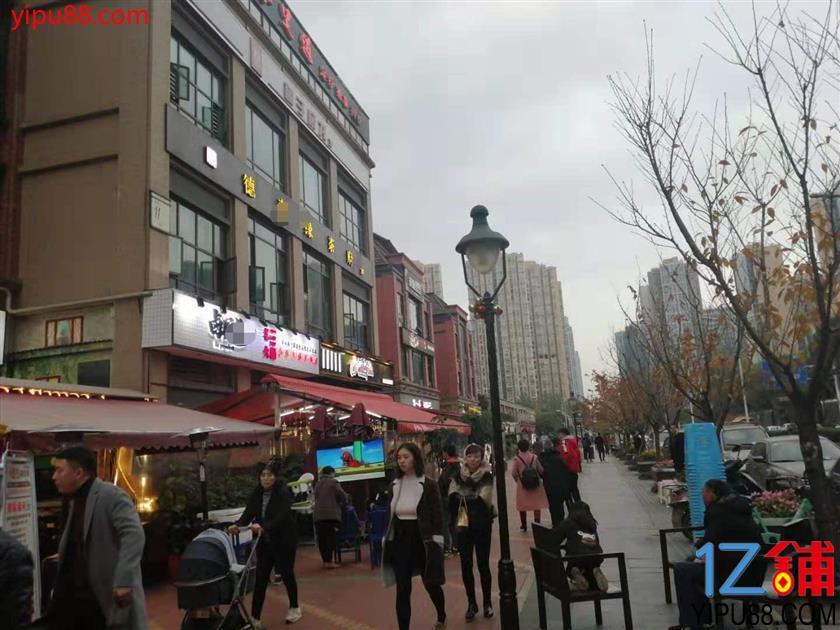 锦江区 552㎡适合做火锅串串餐饮门面低价转(可空转)