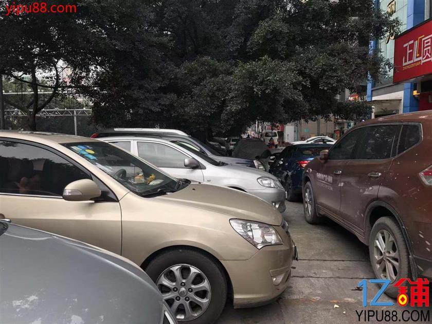 江北6㎡超低租金临街门面转让