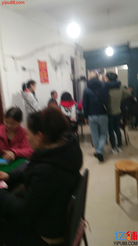 白菜价2万急转100㎡东兴园店铺(可空转行业不限)