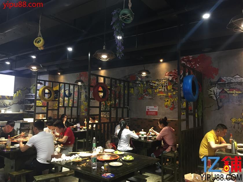 江北十方天然气临街门面8.8万转让(可空转行业不限)