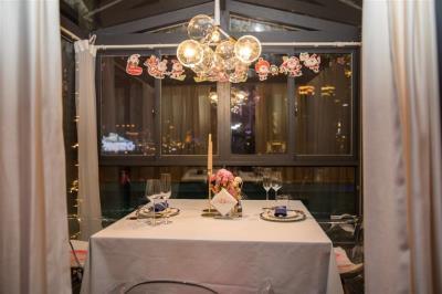 弹子石老街精装主题餐厅(可看全夜景)