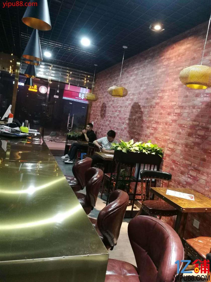 港莲广场优质冷饮店3万急转