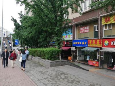 重庆医院+公交车站门口40㎡旺铺急转(可空转,业态不限)