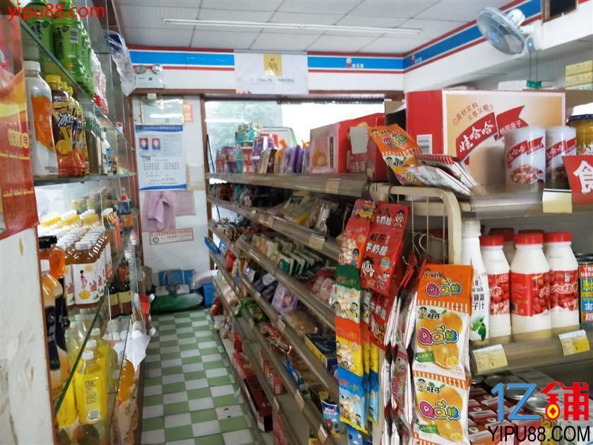 众多夜宵店旁60㎡多门头超市优价转让