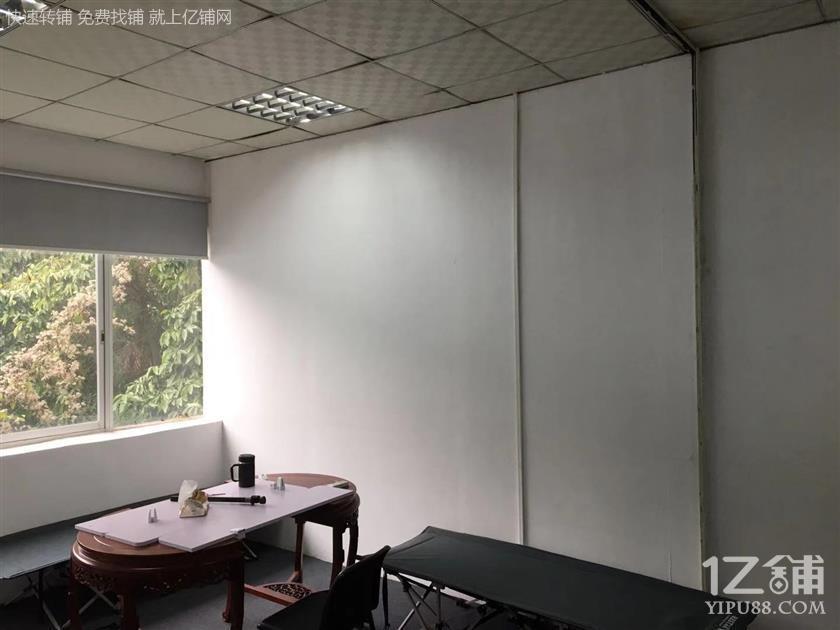 全新办公室出租,无转让费,业主直租