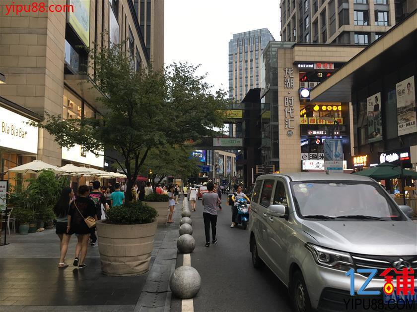 龙湖时代天街一楼临街门面6.5万急转