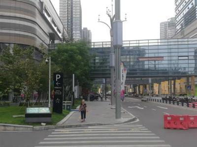 石桥铺商业街3通门面低价转(高性价比)