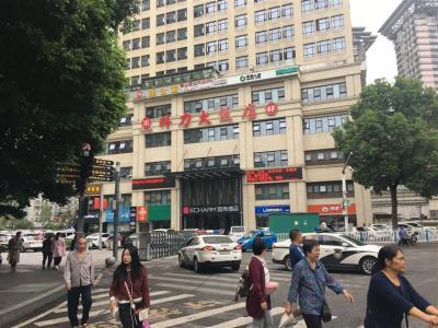 九宫庙商圈中心高端盈利SPA馆低价急转