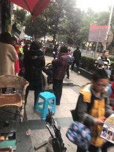 学校步行街60㎡临街盈利门面低价转让