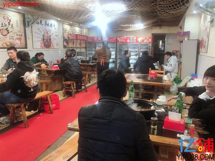 南坪可外摆餐饮店转让、临4000户小区门口