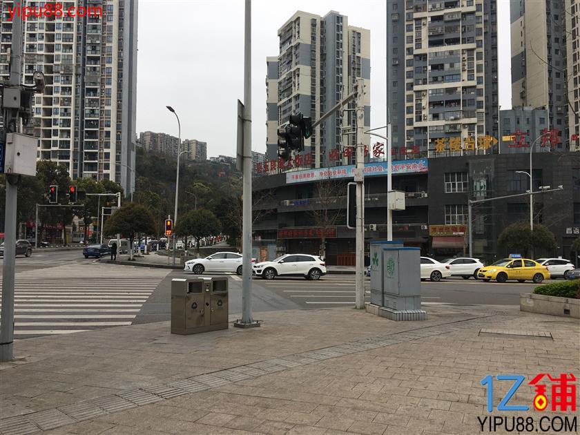渝北商业中心69平米烧烤门面转让