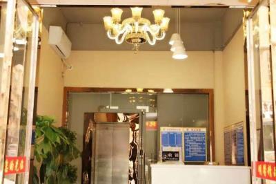独立门面前台,专用电梯!