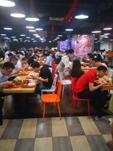 生意火爆快餐店合伙问题低价转让