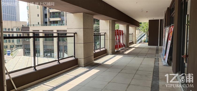 招商:巴南中交景悦三期1800户社区街铺底商