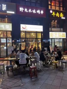 锦华万达+非常成熟高端社区+天然气餐饮店铺转让