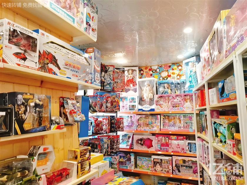 新添寨蓝波湾美食城门口盈利玩具店转让