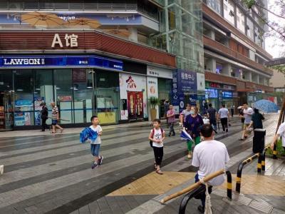 江北大型商圈日均300单外卖店转让
