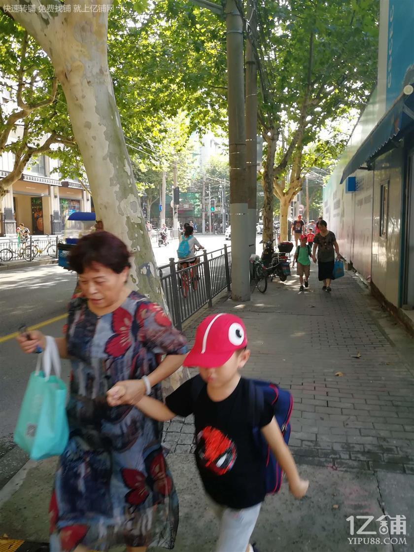 无进场费转让费,大房东直租静安彭浦新村闻喜路商业街
